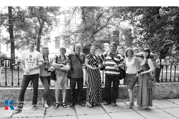 Крымские фотографы посвятили выставку Симферополю