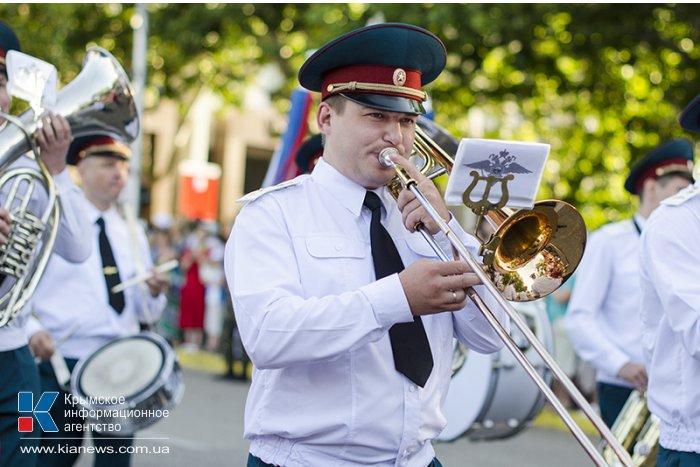 В Севастополе состоялся парад военных оркестров всех флотов России