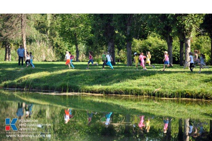 В Симферополе Олимпийский день отметили легкоатлетическим пробегом