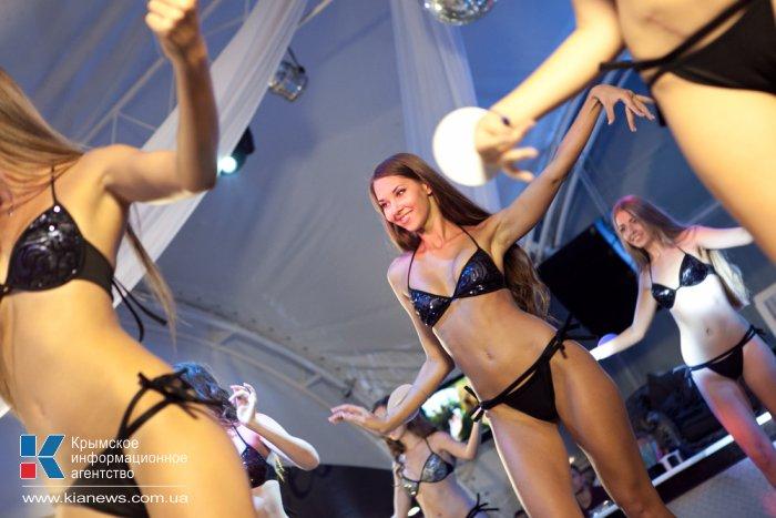 В Севастополе прошел конкурс красоты «Жемчужина Черного моря-2014»