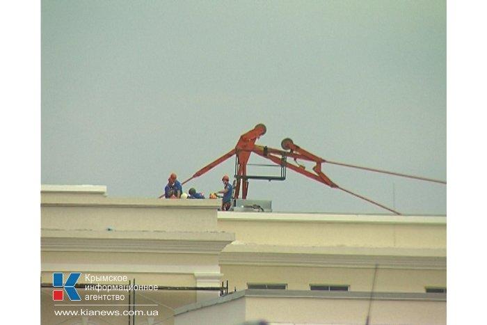 В Севастополе обрушилась крыша Нахимовского училища