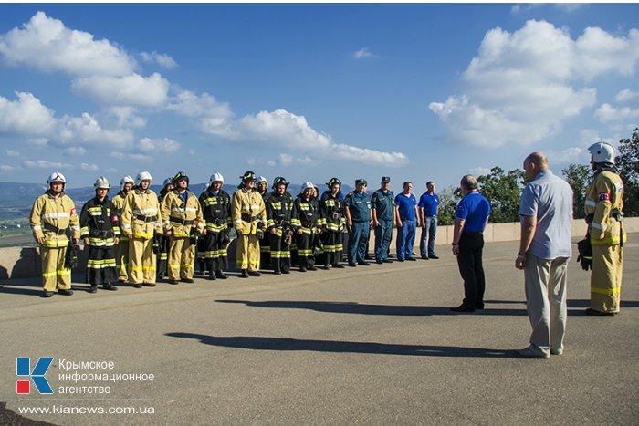 В Севастополе спасатели МЧС провели учения на территории диорамы