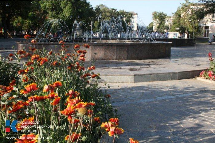 В парках Симферополя появится освещение и велосипедный патруль