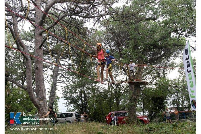 В Мисхоре открылся веревочный парк. КрымФАН.
