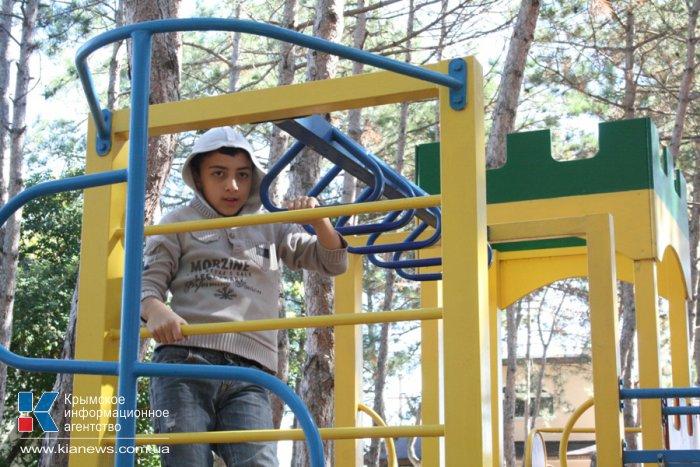В Крыму стартовала акция «Быть вместе» для семей, воспитывающих детей-аутистов