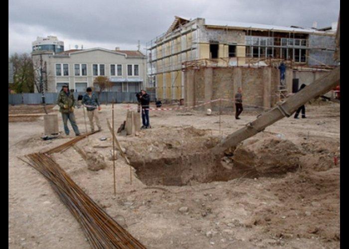 В сквере в центре Симферополя поставят фонтан