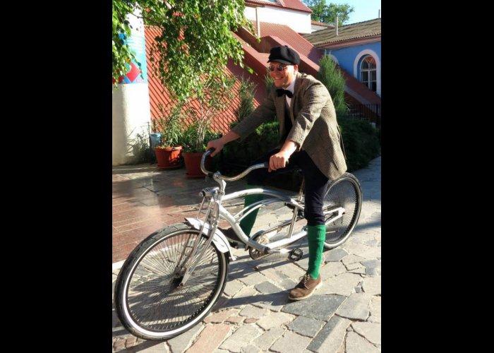 В Евпатории прошел первый ретро-велозаезд
