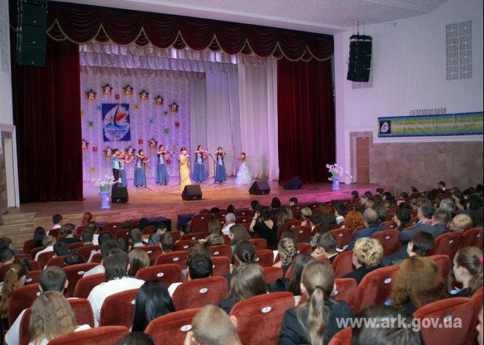 Для победителей фестиваля «Крымские зори» предложили организовать гастроли по Украине