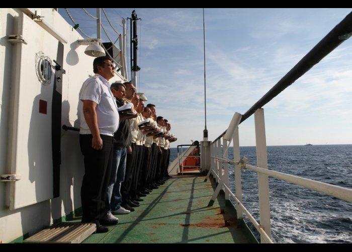 В Крыму почтили память моряков, погибших на подлодке «Щ-216»