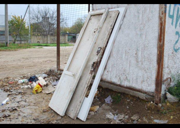 В День чистоты в Евпатории избавились от 32 кубометров мусора