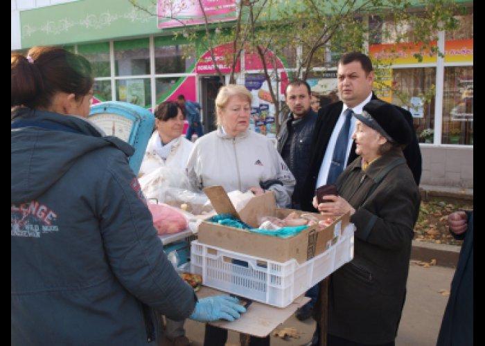 В Симферополе провели рейд по местам стихийной торговли