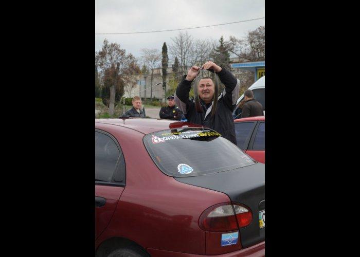 В Севастополе провели автопробег «Свет жизни»