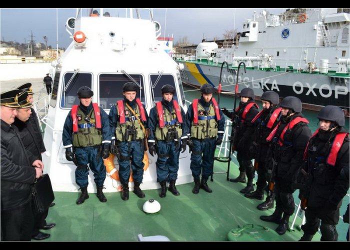 Под Севастополем прошли учения по охране морской экономической зоны