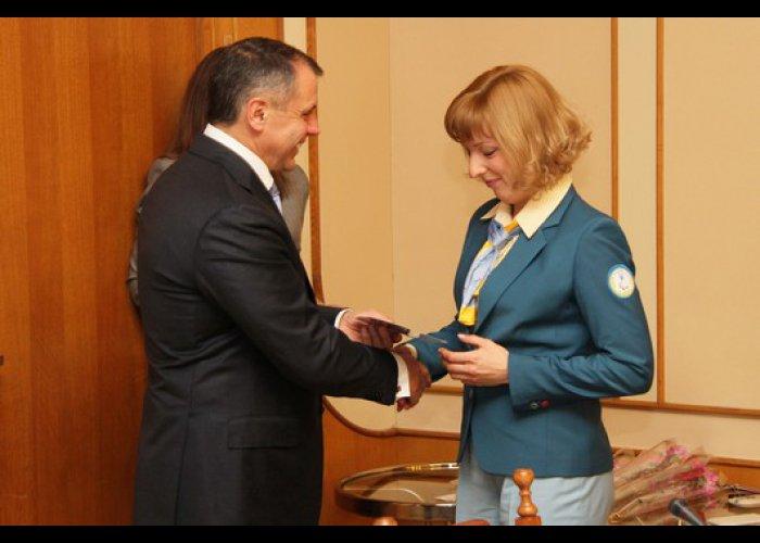 Спортсмены-инвалиды получили стипендии Верховной Рады АРК