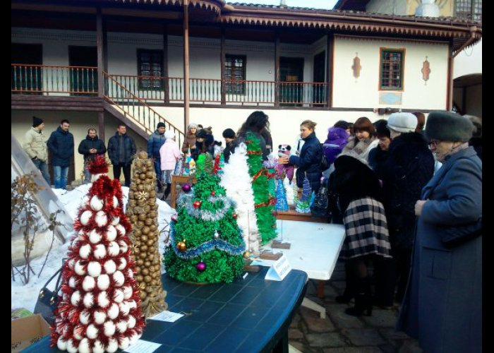 В Бахчисарае завершился конкурс «Art-елка»