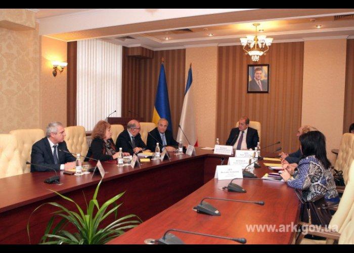 Могилев встретился с нардепами от Крыма