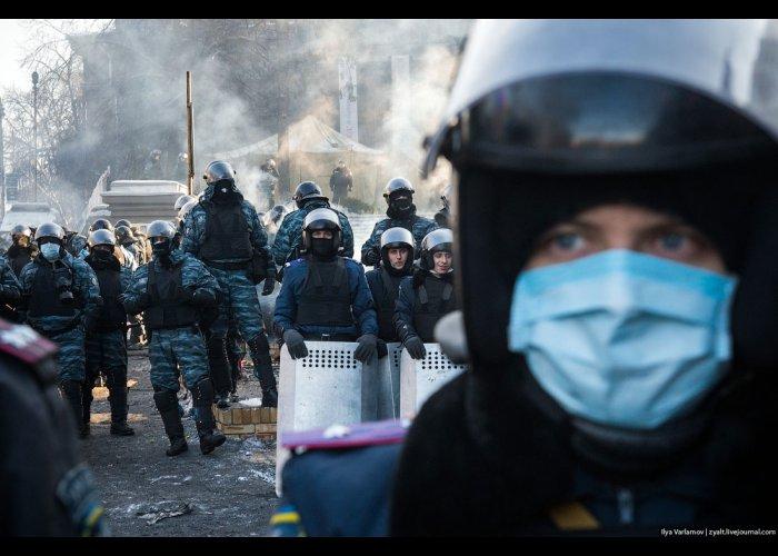 В Киеве ждут чрезвычайного положения к вечеру, – журналист