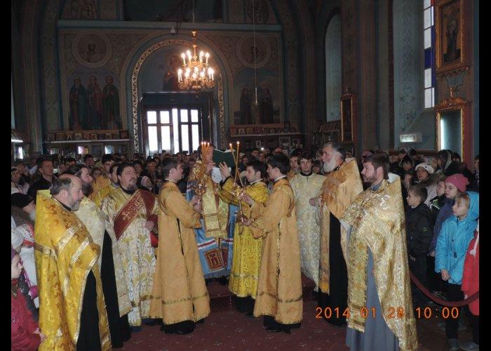 В Симферополе совершили молебен о мире в Украине