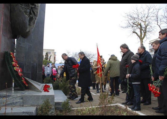 В Евпатории отметили годовщину вывода войск из Афганистана