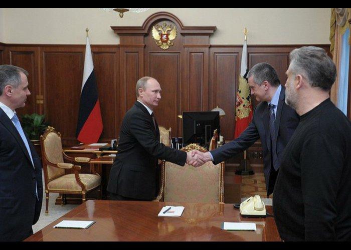 Путин встретился с представителями крымской власти
