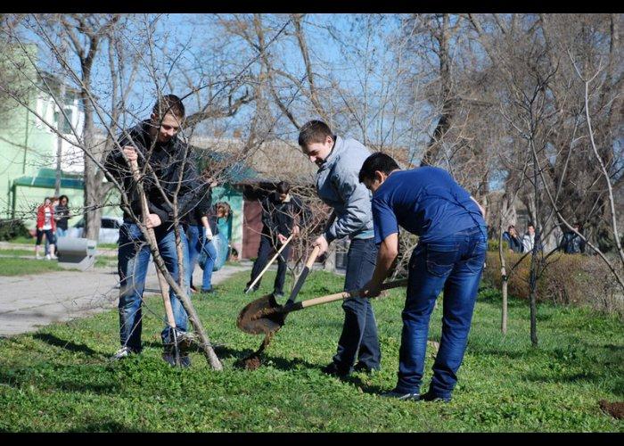 В Евпатории состоялась акция «Чистый город»