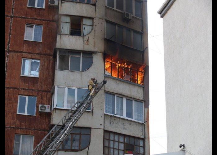 В Симферополе из-за пожара эвакуировали 30 человек