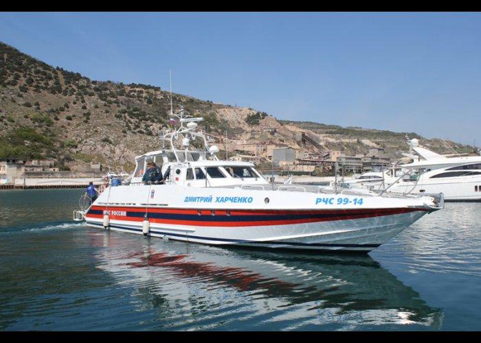 Акваторию моря у берегов Севастополя будут патрулировать два катера МЧС