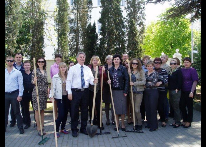 В Севастополе провели субботник