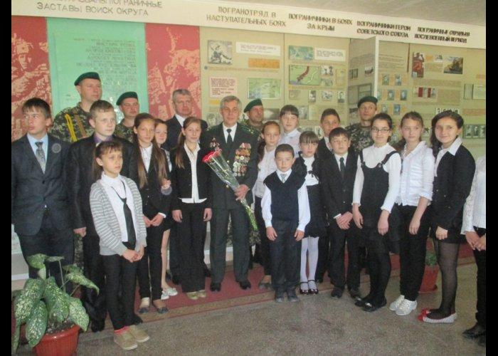 Крымские пограничники провели праздничные мероприятия в честь годовщины Победы