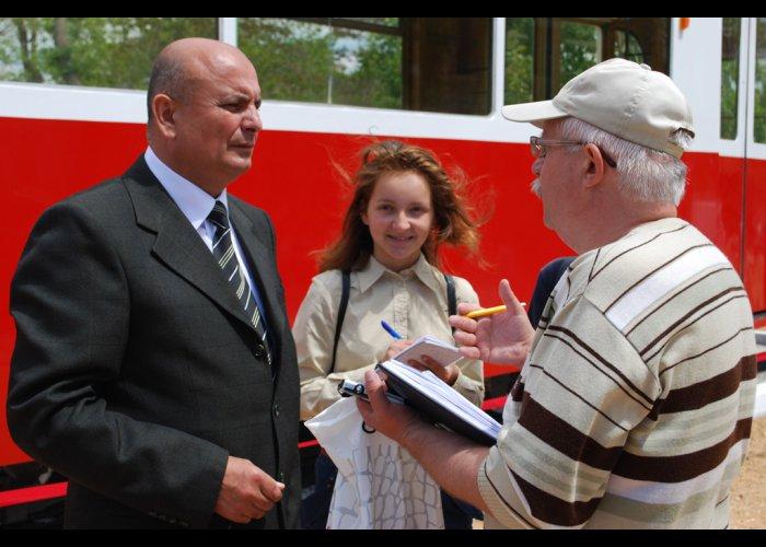 В Евпатории открыли памятник трамваю