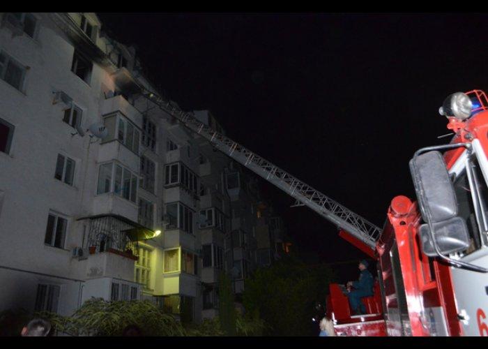В Севастополе спасли на пожаре семь человек