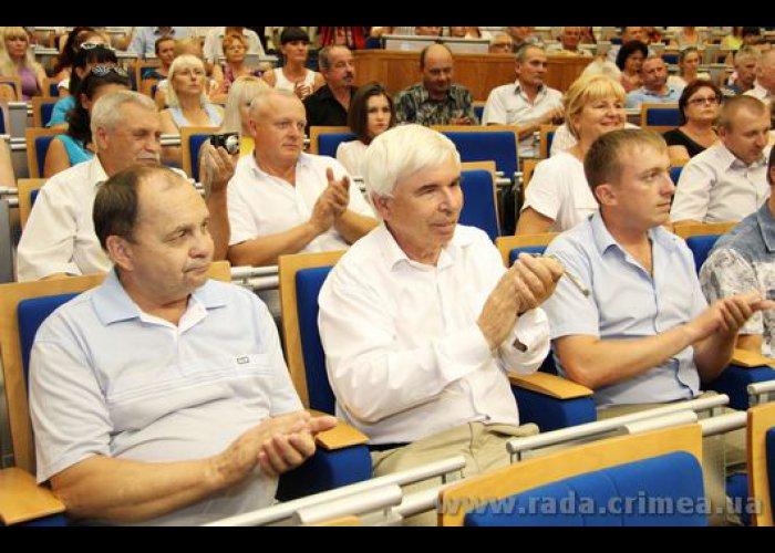 В Симферополе поздравили работников строительной отрасли