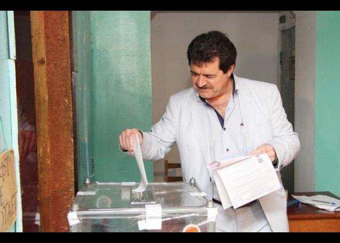 Члены Президиума крымского парламента проголосовали на выборах