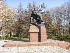 Симферопольский «Фиолент» будет шефствовать над памятником партизанам и подпольщикам