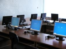 Школа, Школы северного Крыма получили компьютерные классы