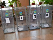 выборы, В Симферополе проходит голосование на промежуточных выборах депутатов горсовета