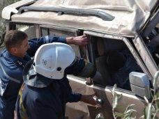 Происшествие, В Керчи автомобиль сорвался с обрыва. Водитель погиб на месте