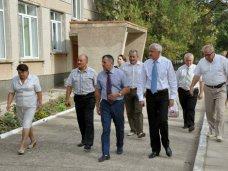 рабочий визит, Крымские депутаты с рабочей поездкой посетили Раздольненский район