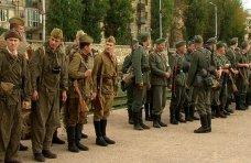 Военно-историческая реконструкция, В Севастополе – военное положение