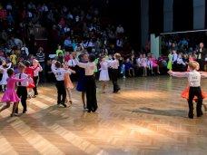 Танцы, В Севастополе выбирали «Восходящих звезд»