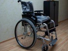 инвалиды, В Крыму инвалиды выбирают кресла-коляски по электронному каталогу