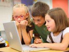 Библиотека, В Симферополе открыли интернет-центр для детей