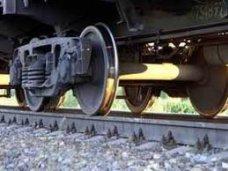 В Симферопольском районе скорый поезд сбил человека