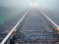 В Симферопольском районе поезд сбил человека