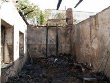 Власть Симферополя держит на контроле ремонт дома на улице Тарвацкого