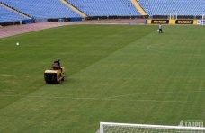 Стадион, По футбольному полю «Таврии» прошлись катком