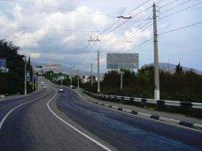 В Крыму дороги готовят к курортному сезону