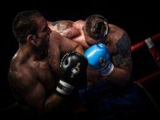 Усик, Крымский боксер продолжает беспроигрышную серию в мировом чемпионате