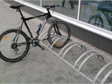 В Симферополе возле мэрии и супермаркетов появятся велопарковки