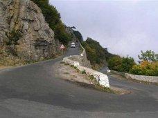 В Крыму своевременный ремонт дорог помог избежать многих ДТП, – эксперт